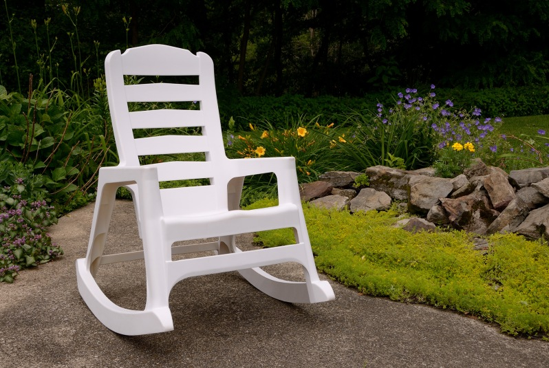 8080-48-3700 Rocking Chair White Use