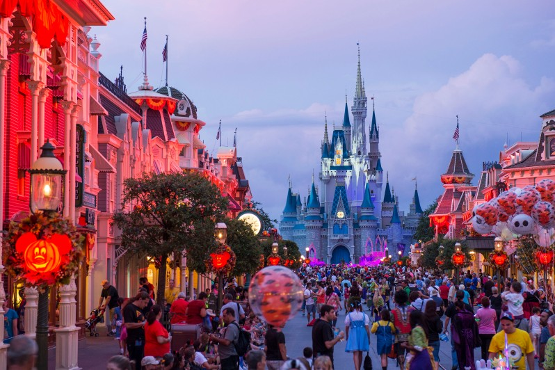 MickeyÕs Not-So-Scary Halloween Party Transforms Magic Kingdom After Dark